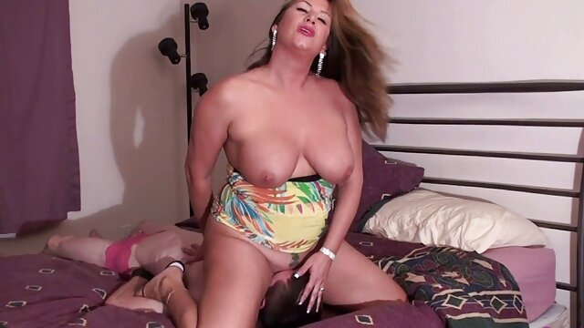 سرخ دانلود فیلم سوپر سکسی جدید لورن فیلیپس مربی تناسب اندام سیاه پوست خود را سوراخ کرد